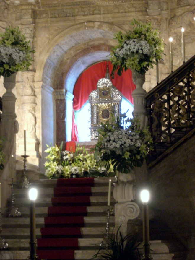 jimmy220313-semana santa burgos - monumentos - catedral03