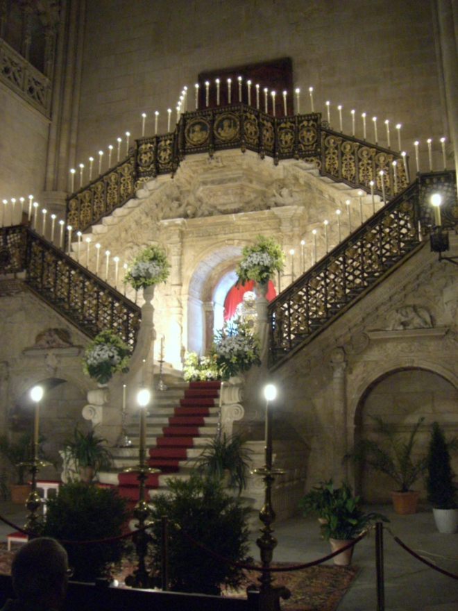 jimmy220313-semana santa burgos - monumentos - catedral04