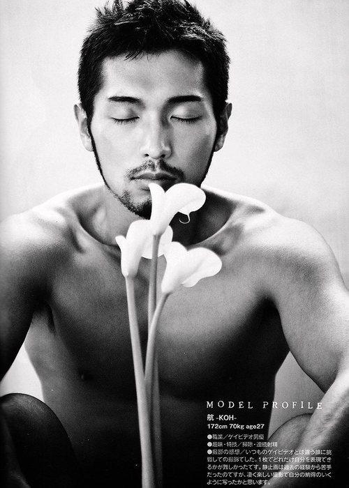 真崎航(Masaki Kō) http://sinomen.tumblr.com/